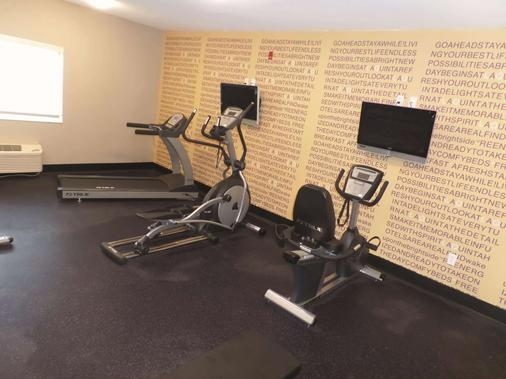 La Quinta Inn Lincoln - Lincoln - Gym