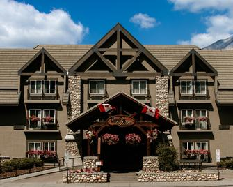Banff Inn - Banff - Building
