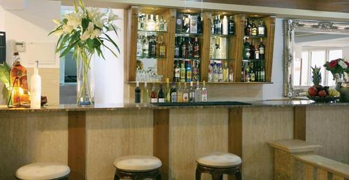 Saint Elena Boutique Hotel - Larnaca - Bar