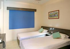 Saint Elena Boutique Hotel - Larnaca - Bedroom