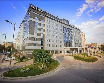 In Hotel Belgrade - Belgrado - Gebouw