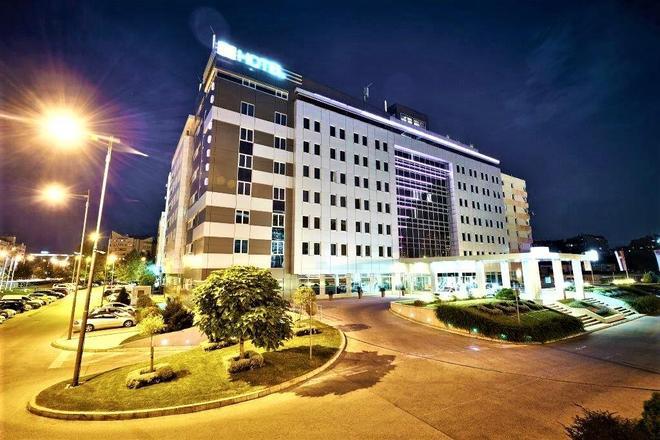 In Hotel Belgrade - Belgrad - Gebäude