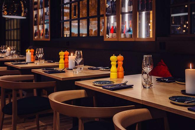 赫爾辛基克拉麗奧機場酒店 - 萬塔 - 餐廳