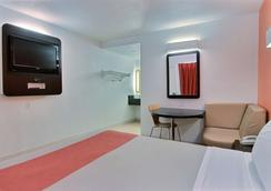 Motel 6 Corpus Christi East - North Padre Island - Corpus Christi - Habitación
