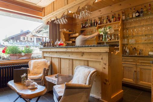 Chalet-Hôtel Hermitage, The Originals Relais (Hotel-Chalet de Tradition) - Σαμονί - Bar