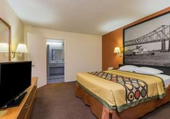 Super 8 by Wyndham New Orleans - New Orleans - Bedroom