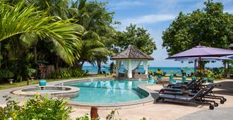 Castello Beach Hotel - Grand'Anse Praslin