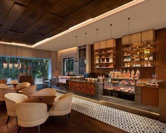 Surat Marriott Hotel - Surat - Restaurace