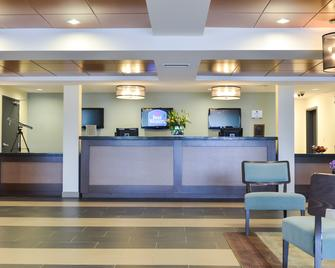 Best Western Thompson Hotel & Suites - Thompson - Recepce