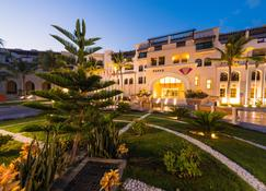 Fanar Hotel & Residences - Salalah - Building