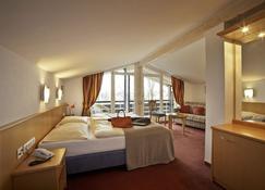 Hotel Bavaria - Oberstaufen - Bedroom