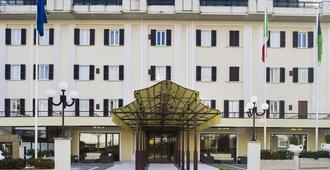 Le Fonti Grand Hotel - Chianciano Terme - Bygning