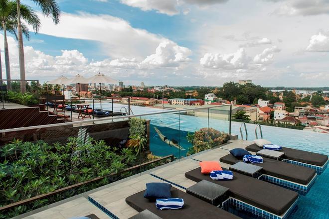 Aquarius Hotel & Urban Resort Phnom Penh - Phnom Penh - Uima-allas