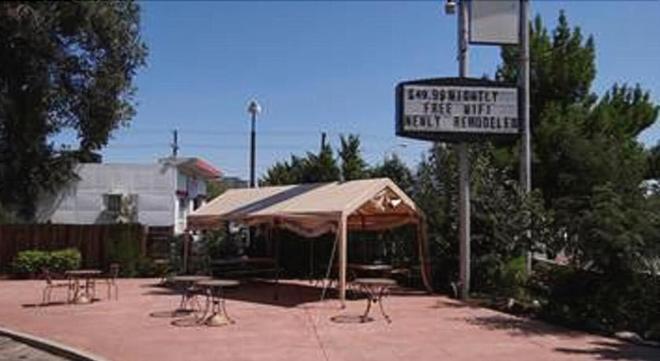 Springs Inn - Колорадо-Спрингс