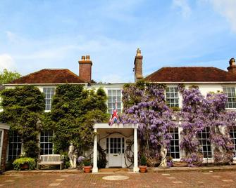 Powdermills Country House Hotel - Battle - Building