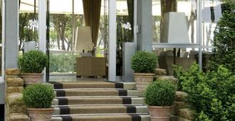 Hotel Bellevue & Resort - Jesolo - Building