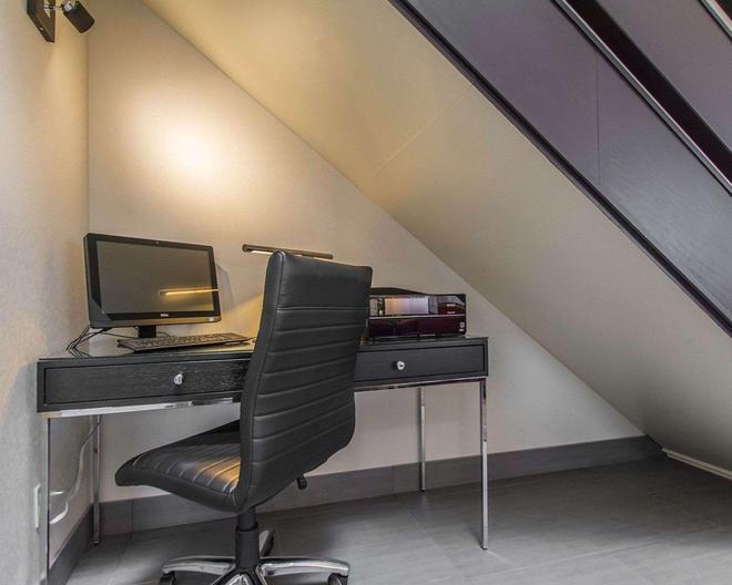 Comfort Inn - Val-d'Or - Business center