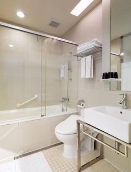 Dandy Hotel - Tianjin Branch - Taipei - Bathroom