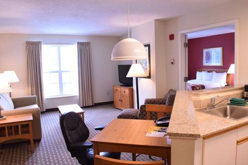 Cresthill Suites Syracuse - East Syracuse - Olohuone