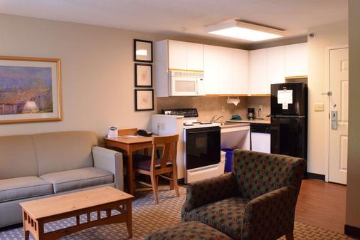 Cresthill Suites Syracuse - East Syracuse - Keittiö