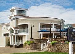 Hyannis Harbor Hotel - Hyannis - Edificio