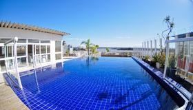 Hotel Continental Porto Alegre e Centro de Eventos - Porto Alegre - Πισίνα