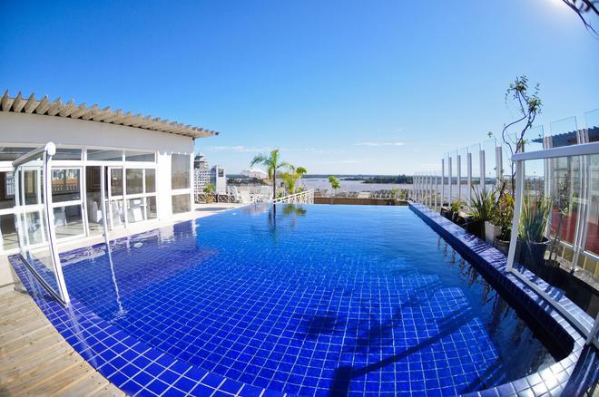 Hotel Continental Porto Alegre e Centro de Eventos - Porto Alegre - Pool