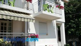 Guest House Vila Bak - Budva - Edificio