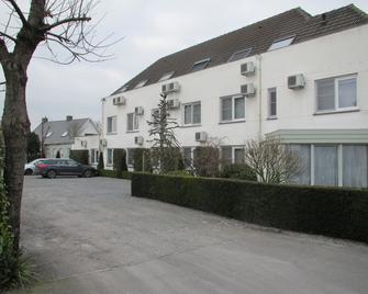 Hotel Zuidwege - Zedelgem - Building