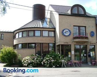 Alsput Hotel - Halle - Building