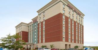 Drury Inn & Suites Indianapolis Northeast - Indianápolis - Edificio