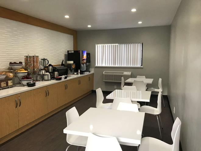 Sunset West Hotel, SureStay Collection By Best Western - Los Angeles - Restaurant