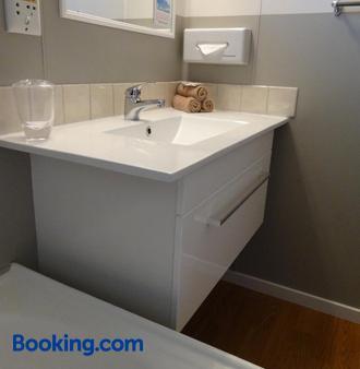 Aalton Motel - Christchurch - Bathroom