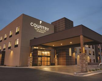 Country Inn & Suites Page, AZ - Page - Building