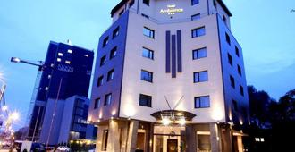Ambiance Hotel - Bucharest - Building