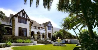 St James Manor - Cape Town - Building