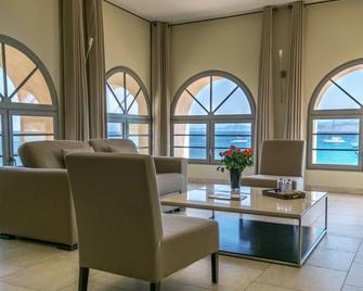 Hôtel Perla Rossa - L'Île-Rousse - Living room