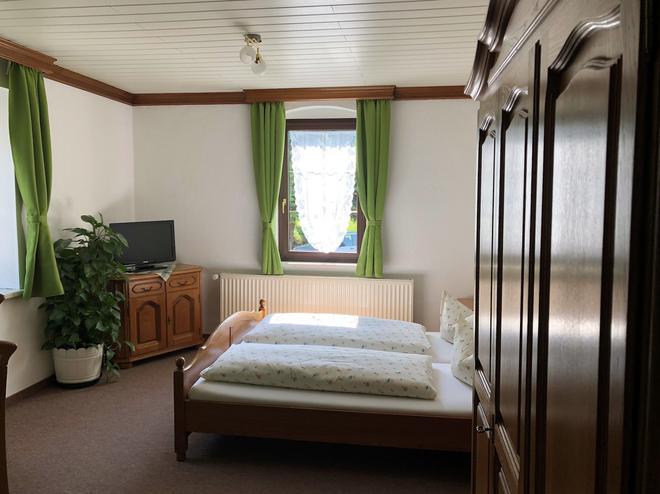 Pension Bennelliebschänke - Seiffen - Bedroom