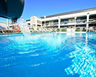 Best Western Cades Cove Inn - Townsend - Bazén