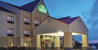 La Quinta Inn & Suites by Wyndham South Bend - Nam Bend