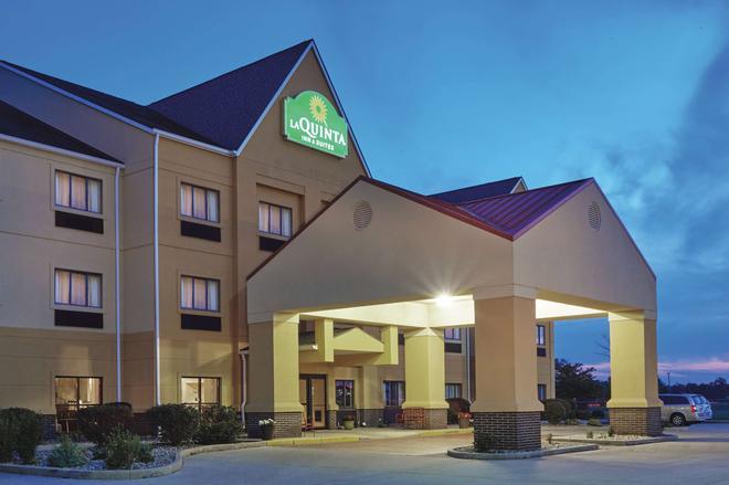 La Quinta Inn & Suites by Wyndham South Bend - South Bend - Κτίριο