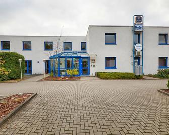 Hotel am Möllenberg - Königs Wusterhausen - Gebäude