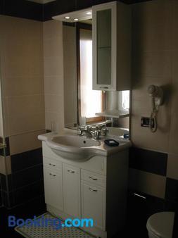 Royal Residence - Συρακούσες - Μπάνιο
