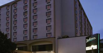 俾斯麥拉迪森酒店 - 俾斯麥 - 俾斯麥
