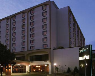 俾斯麥拉迪森酒店 - 俾斯麥 - 俾斯麥 - 建築