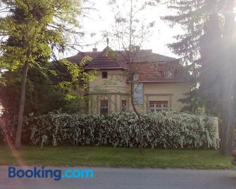 Villa Ricz - Palić - Gebäude