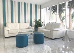 Margarita Napa Apartments - Ayia Napa - Sala de estar