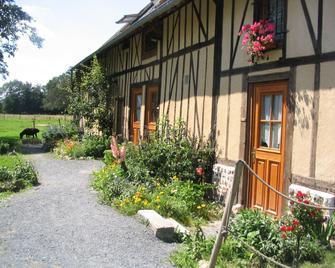 La Ferme Saint Nicolas - Pont-Audemer - Außenansicht