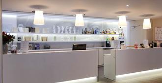 Best Western Plus Hotel Litteraire Gustave Flaubert - Rouen - Resepsjon