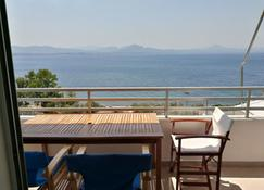 Atlas-Unlimited Sea View Apartment - Loutraki - Ban công